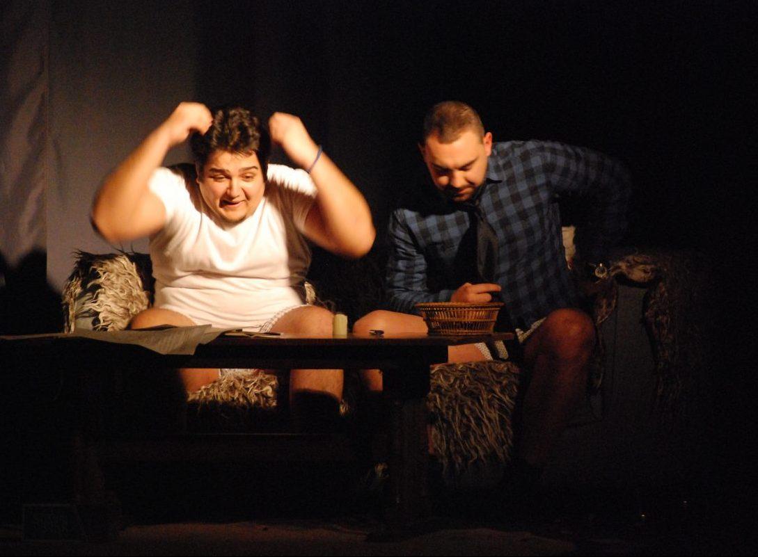 Belocrkvansko-amatersko-pozoriste-predstava-1-e1522748847586