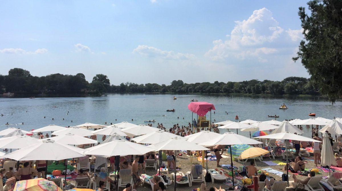 Decija plaza na Glavnom jezeru